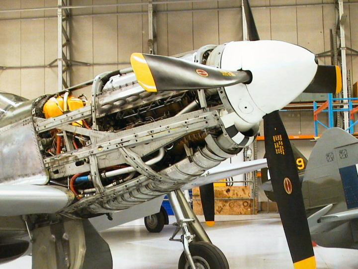north american p 51d in detail (revisited) engine and undercarriage Fighter Engine Diagram  F-16 Engine Diagram Rolls-Royce Merlin Engine Rolls-Royce Merlin Engine P-51